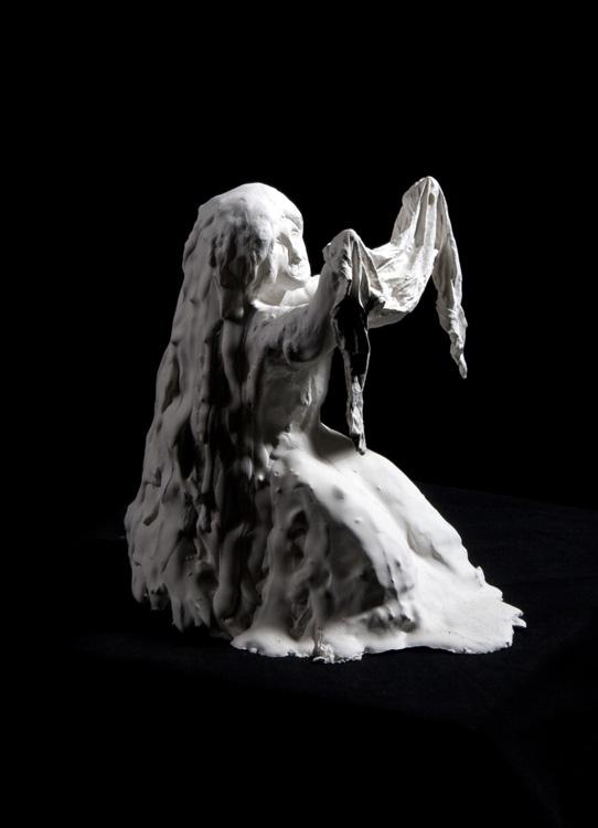 Verzweiflung - 2002, Gips, H: 22 cm