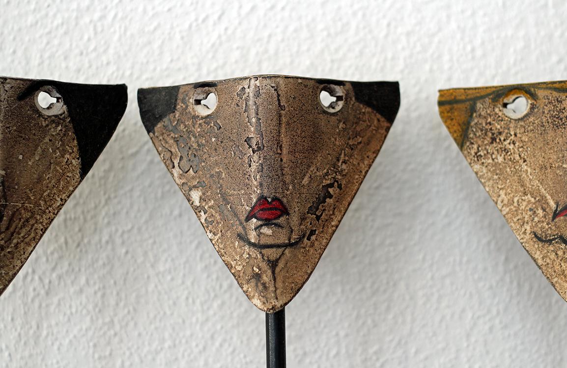 Kleine Galerie von Volldeppen (Detail) - 2017, Stahl bemalt, 61 x 60 cm